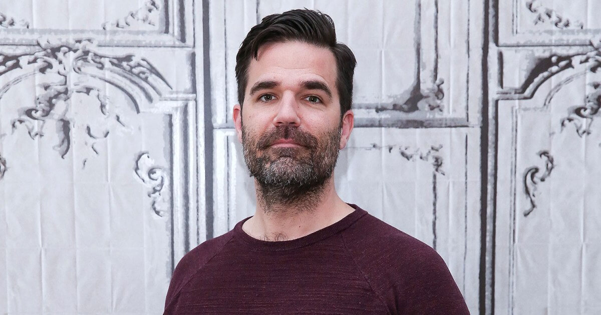 Rob Delaney announces wife's pregnancy