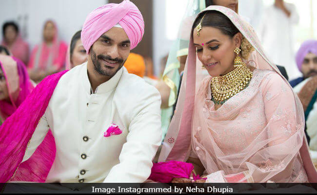 Angad Bedi announces Neha's pregnancy in the most adorable way