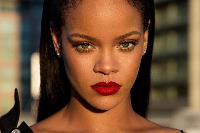 Man breaks into Rihanna's home and spends 12 hours there